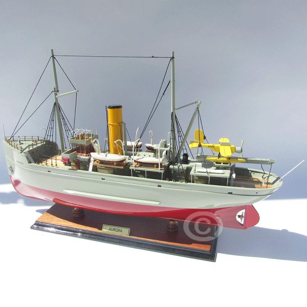 Mô Hình Thuyền Aurora