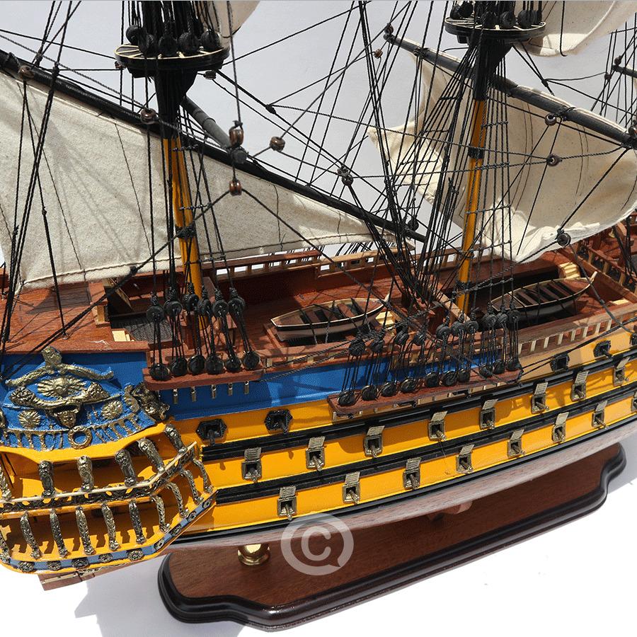 mô hình thuyền gỗ soliel royal