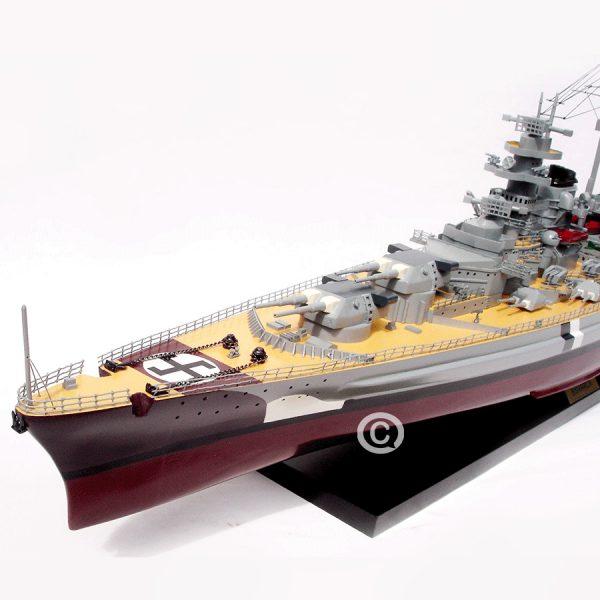 Mô Hình Thuyền Chiến Bismarck