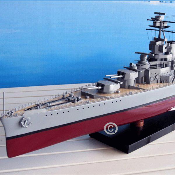 mô hình thuyền chiến hms hood
