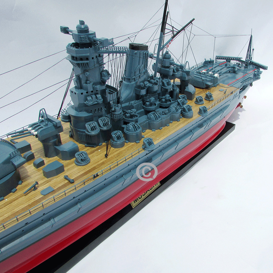 mô hình thuyền chiến musashi