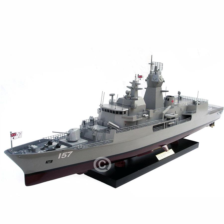 mô hình thuyền chiến perth 157