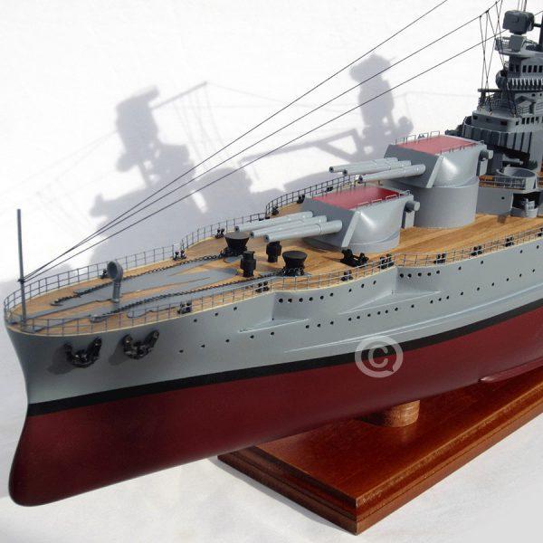 mô hình thuyền chiến uss arizona