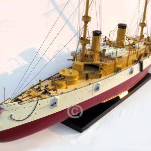thuyền chiến uss olympia