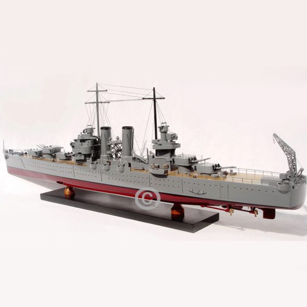 Thuyền Chiến Uss Phoenix (Cl-46)