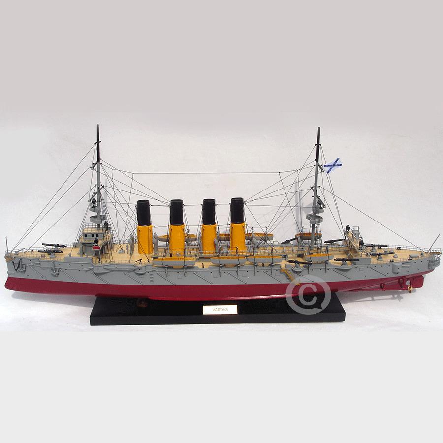 mô hình thuyền chiến varyag