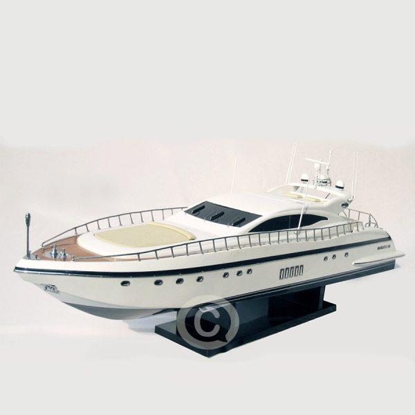 mô hình thuyền hiện đại mangusta 108