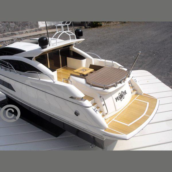 mô hình thuyền hiện đại sunseeker predator 80
