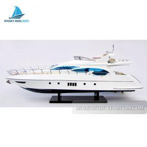 Du Thuyền Hiện Đại AZIMUT 70