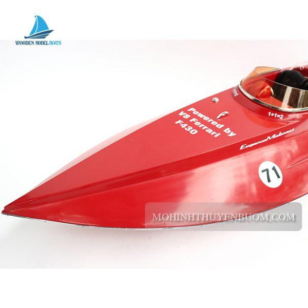 du thuyền hiện đại ferrari f430