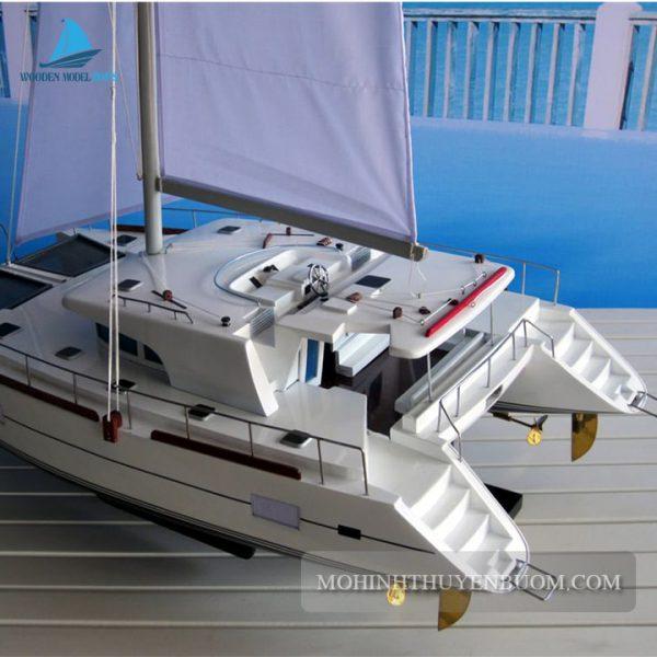 Du Thuyền Lagoon 440 Catamaran