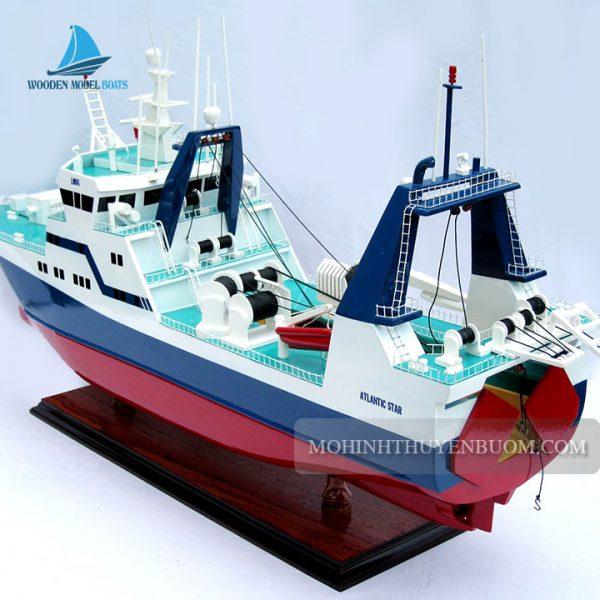 thuyền thương mại atlantic star
