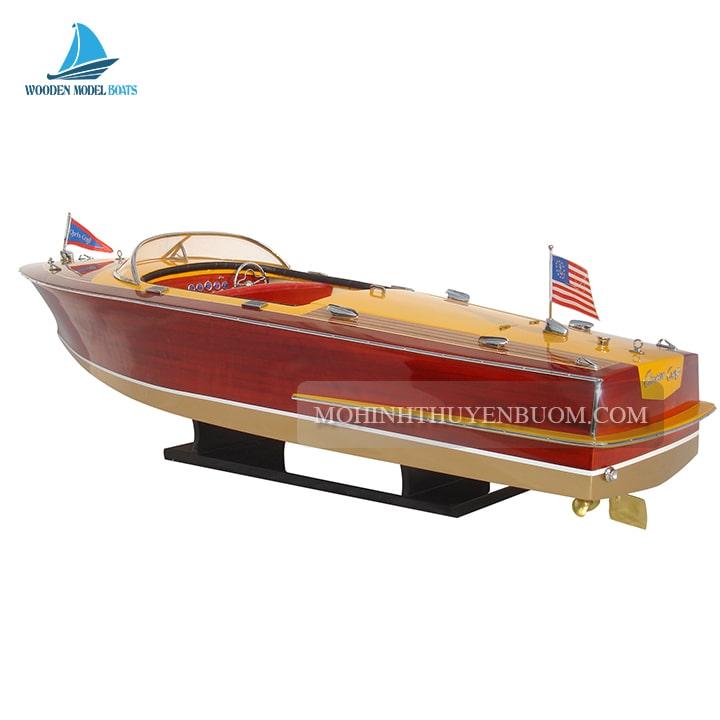 thuyền đua chris craft capri 1955