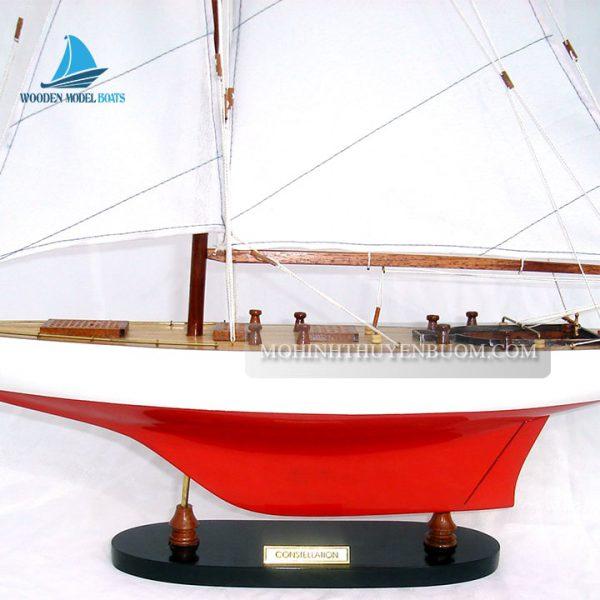 thuyền buồm constellation painted