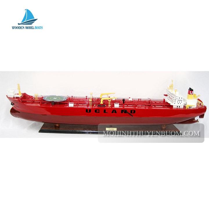 thuyền đánh cá evita oil tanker