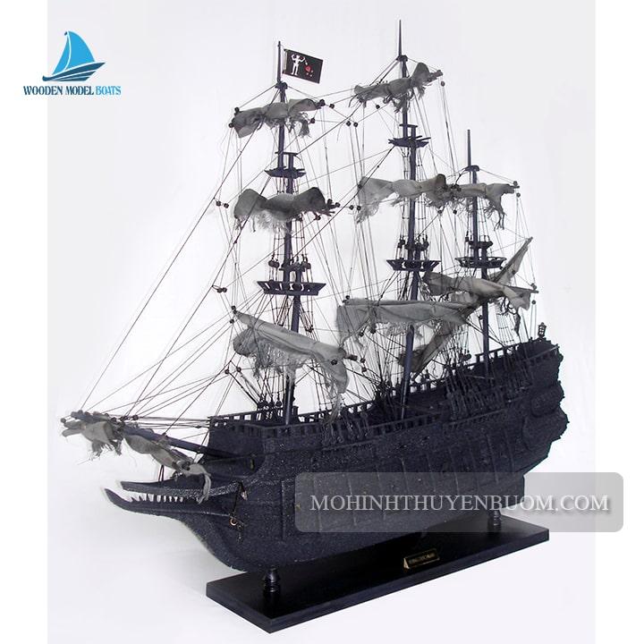 mô hình thuyền gỗ flying dutchman