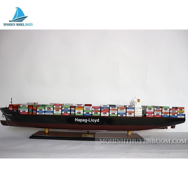 Thuyền thương mại HAPAG LLOYD COLOMBO EXPRESS