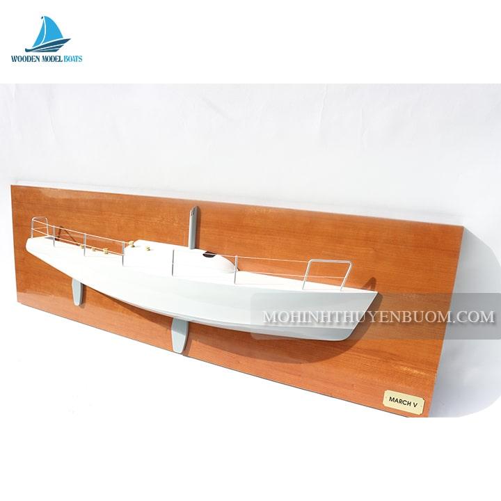 thuyền tranh march v half-hull