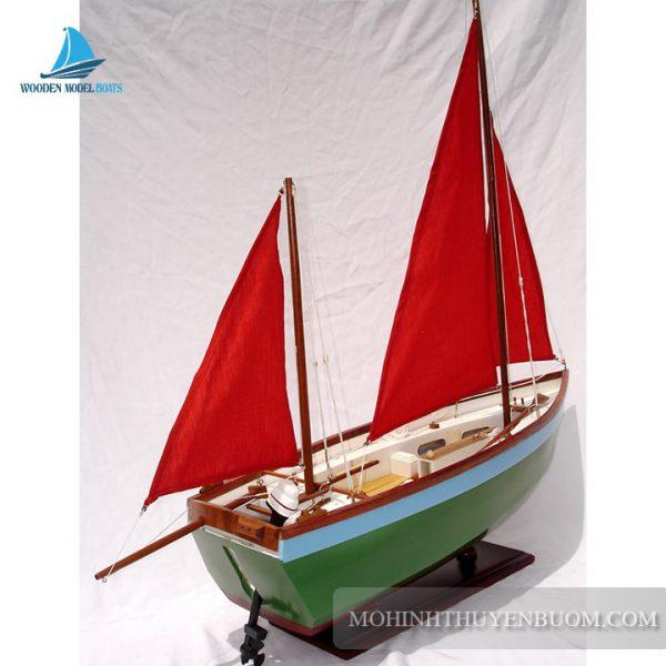Thuyền Truyền Thống Mudlark Clinker Hull