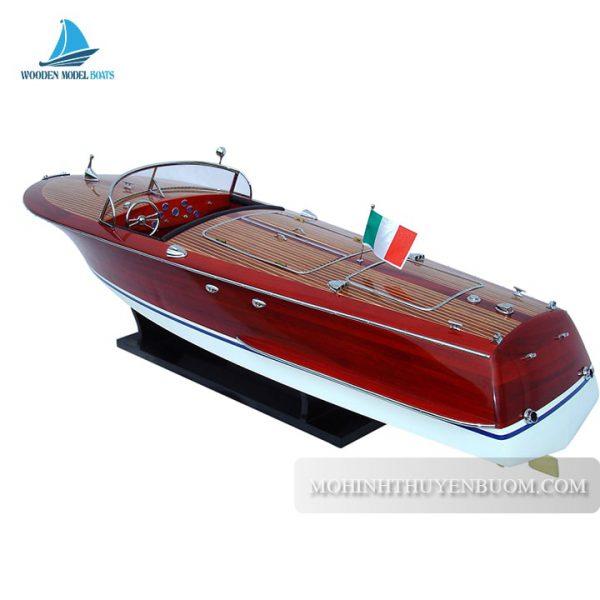Thuyền Đua Riva Corsaro