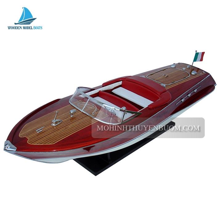 thuyền đua riva super ariston
