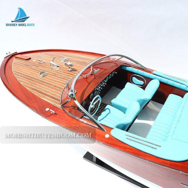 thuyền đua super riva lamborghini