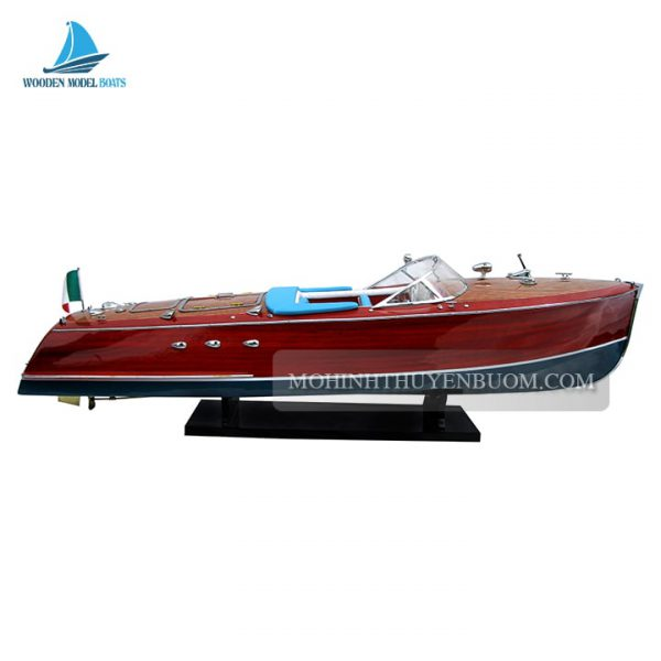 thuyền đua super riva tritone