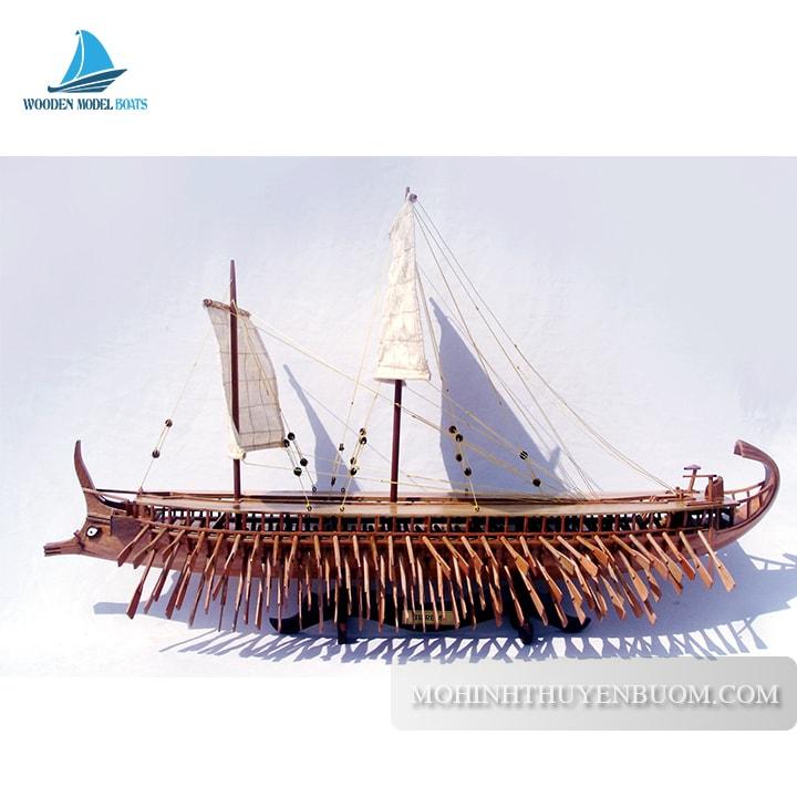 mô hình thuyền truyền thống là gì