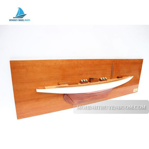 Thuyền Tranh Tuiga Half-Hull