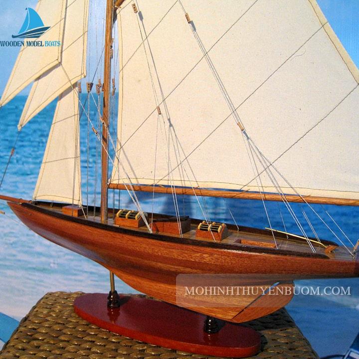 thuyền buồm tuiga wood