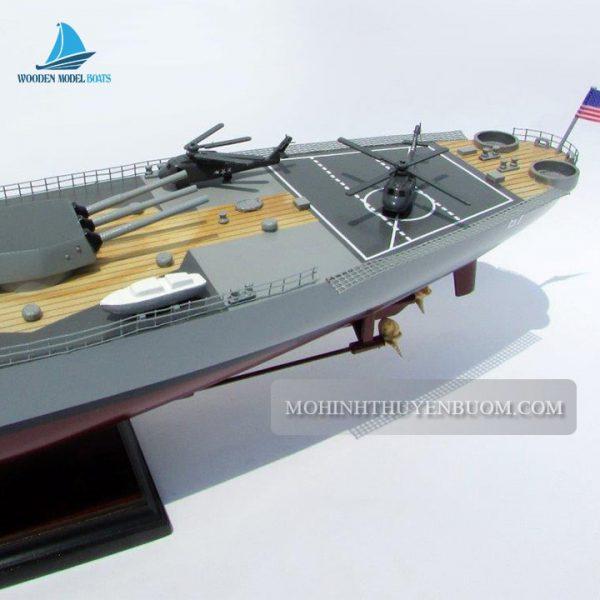 thuyền chiến uss iowa (bb-61)