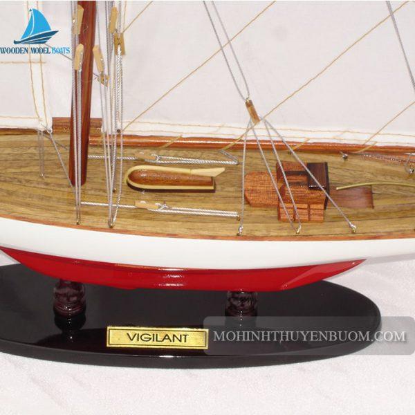 thuyền buồm vigilant painted