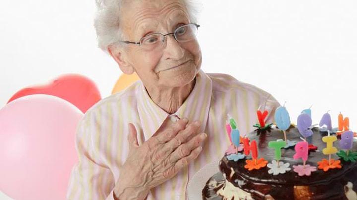 quà tặng sinh nhật cho người lớn tuổi hcm