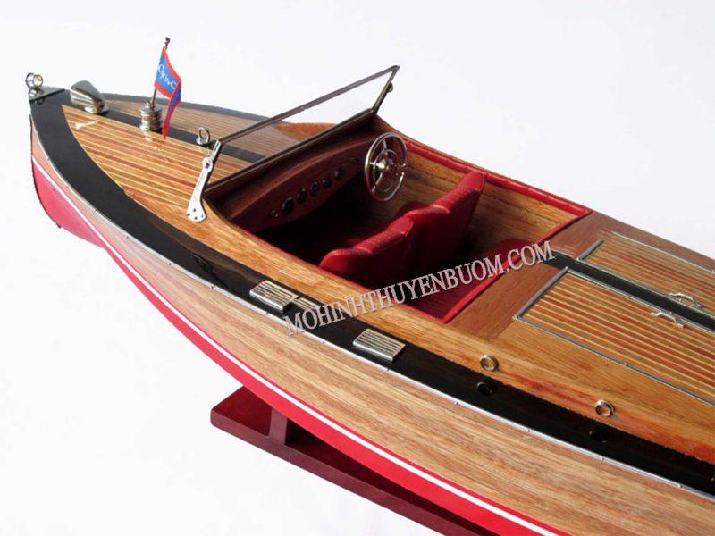 Thuyền Đua Chris Craft Runabout